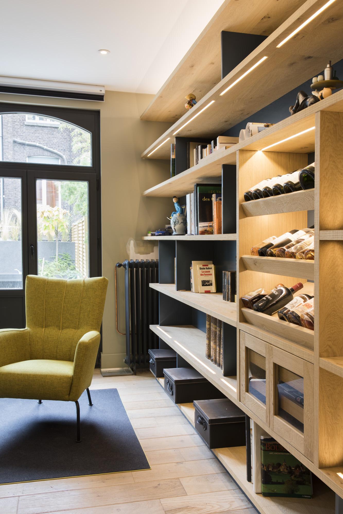 Bibliothèque avec cave à cigare intégrée – Wouters & Green